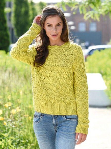 Aus extrafeiner Marinowolle ist dieser Rhomben-Pullover der perfekte  Begleiter für den Sommer. b24879172b