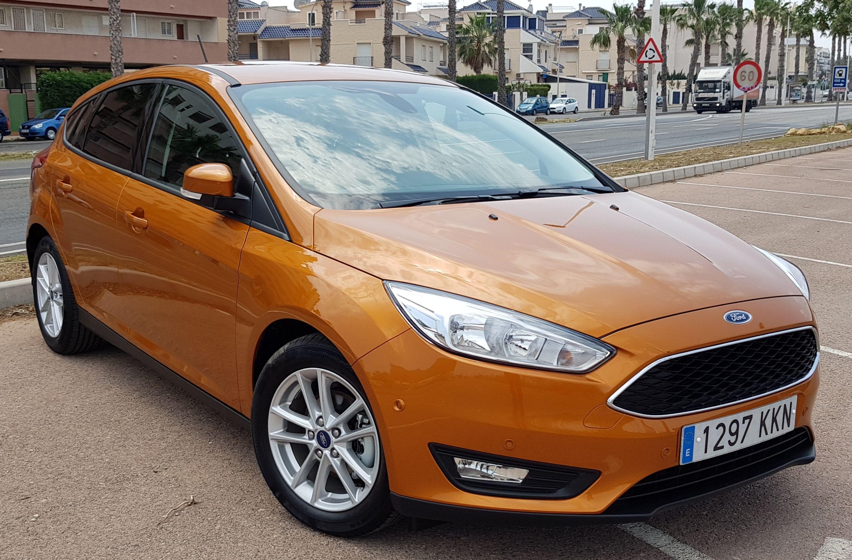 Ford Focus Berlina