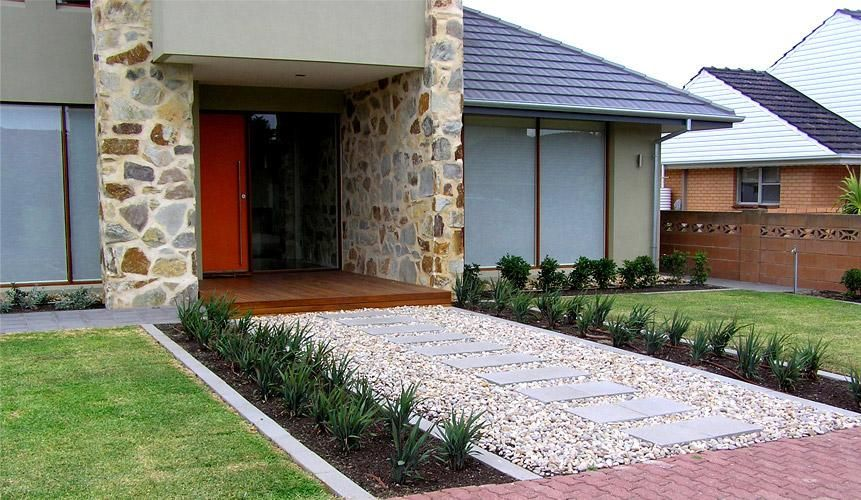 Get inspired by photos of gardens from australian for Front yard courtyard design