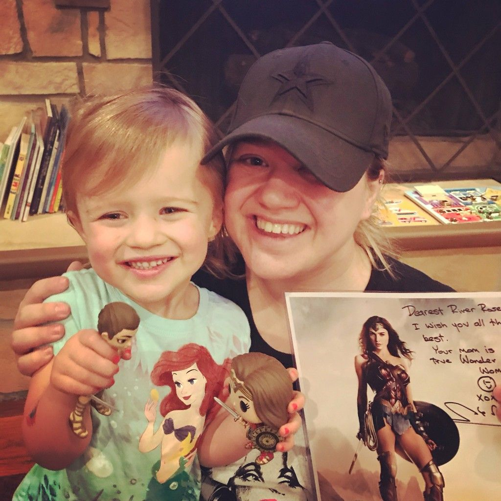 Kelly Clarkson with her daughter River Rose