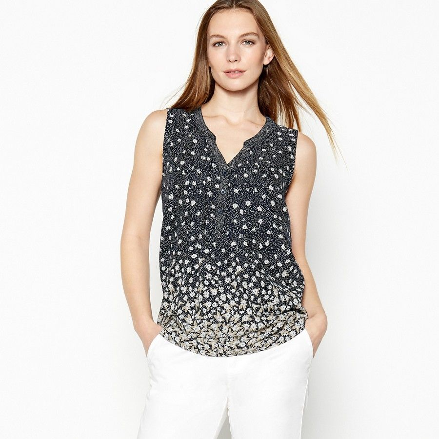033bbf38c06741 Oasis, CAMELLA PRARIE TOP Multi Green | Caroline outfit ideas | Tops,  Fashion, Jeans