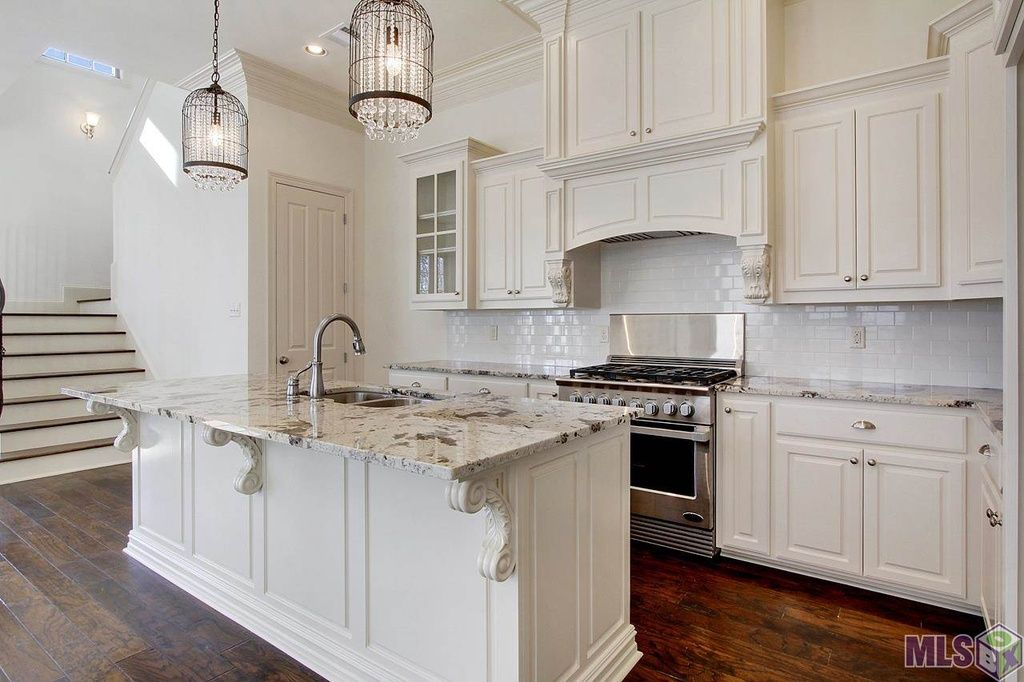 13335 Minette Ln Baton Rouge La 70818 Zillow Kitchen Design