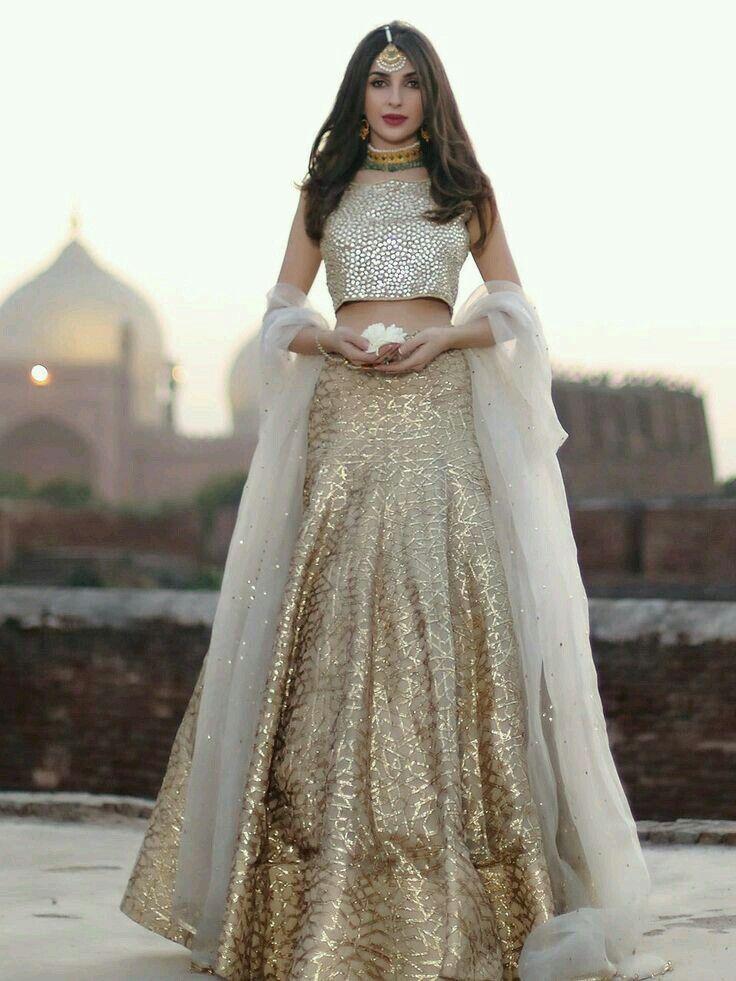 Pin de Amna Rehan en Dresses | Pinterest | Vestiditos, Novio indio y ...