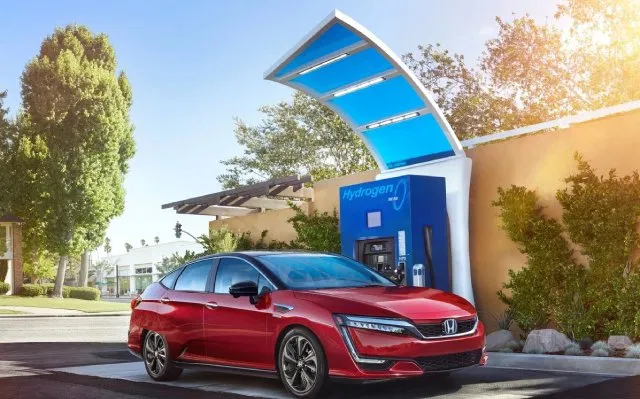 Honda Cancels Further Production of Clarity Electric