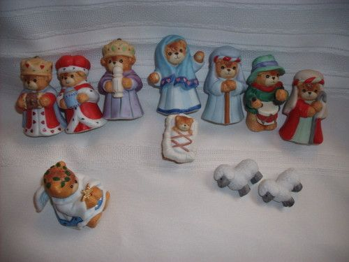 Lucy and Me Large 11 Piece Nativity Set in Original Box