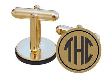 If you're having trouble deciding what gift to give your groomsmen, personalized or monogrammed cuff links are always a classy choice.