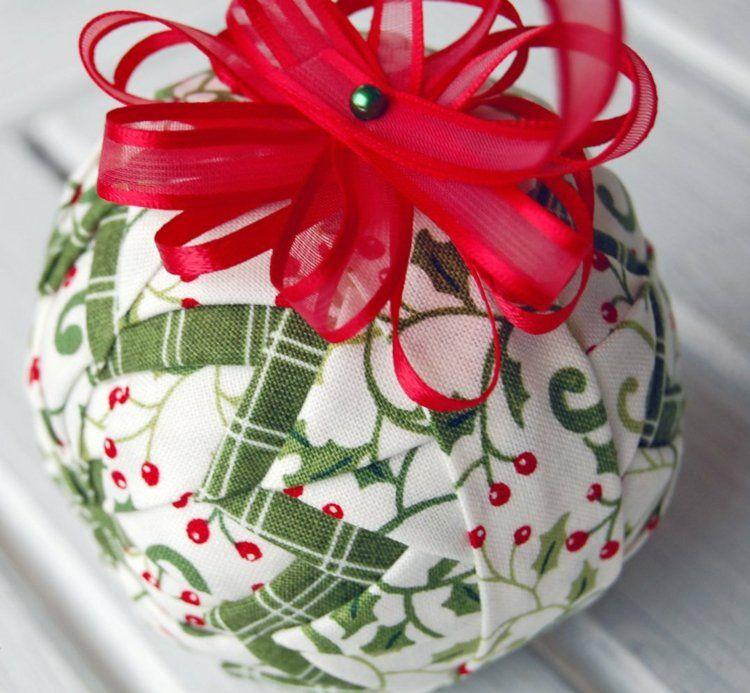 Boule de Noël à décorer – idées inspirantes et créatives | Boule