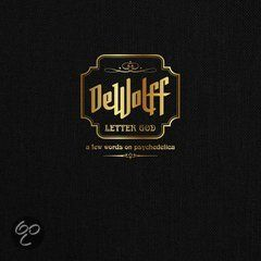 DeWolff - Letter God betreft een hardcover boek met daarin alle songteksten van 'DeWolff', 'Strange Fruits' en 'Orchards/Lupine' en veel foto's. Daarnaast bevat het een cd en dvd met liveshow opname.