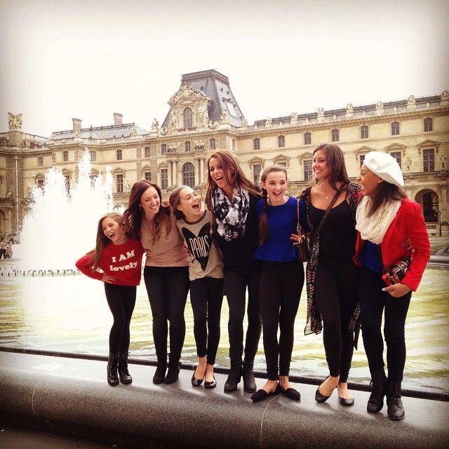 Maddie Ziegler, Mackenzie Ziegler, Jeannine Wedge, Kendall Vertes, Gianna Martello and Nia Frazier Europe Tour . In Paris