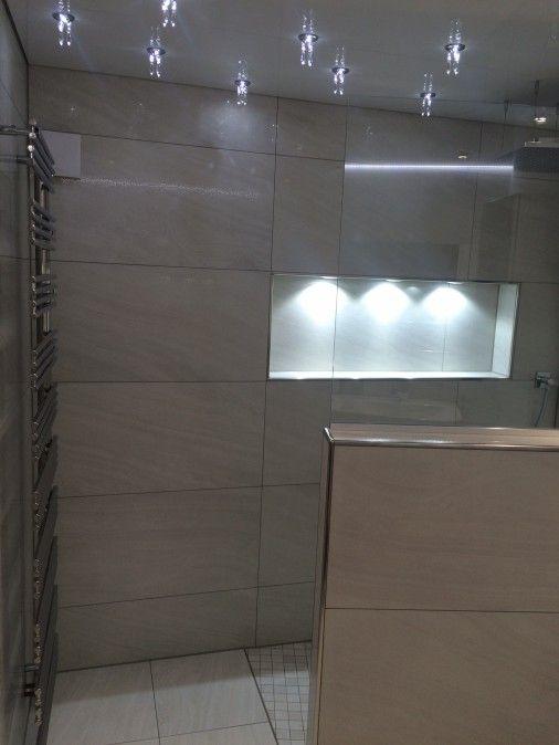 nische mit integrierter beleuchtung badezimmer pinterest nische integriert und beleuchtung. Black Bedroom Furniture Sets. Home Design Ideas