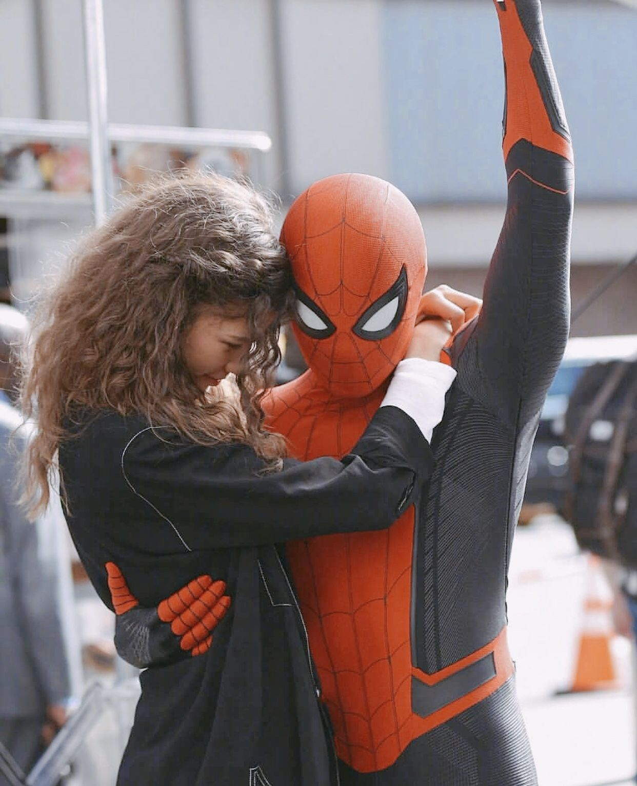 Pin By Cemre On M A R V E L Tom Holland Spiderman Peter Parker Spiderman Spiderman