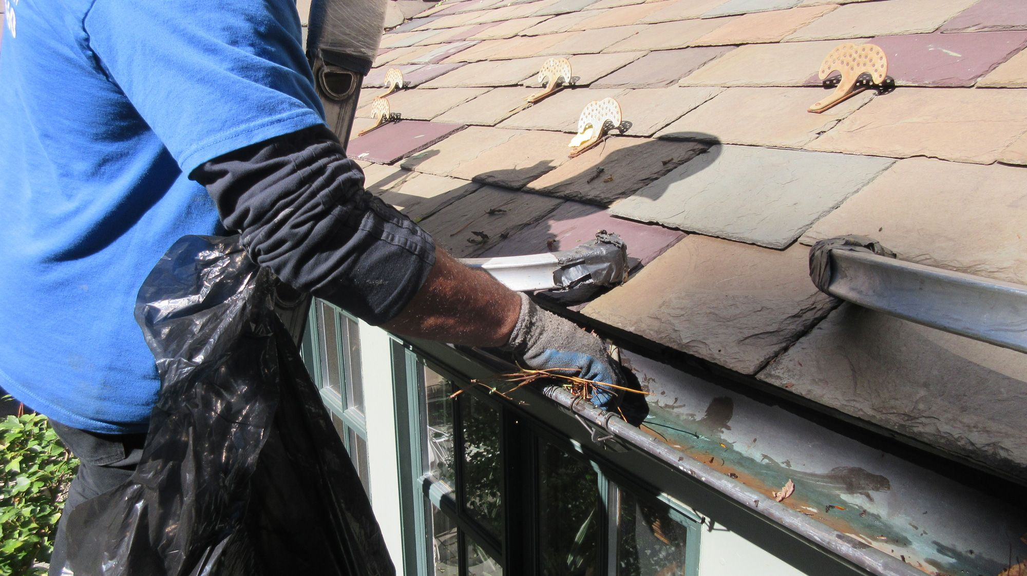 Concrete Cleaning Services Pittsburgh Gutter Washing South Hills Cleaning Gutters Roof Cleaning South Hills