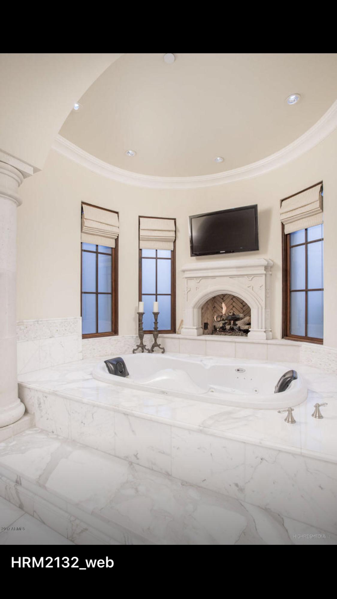 Luxurious bathtub | Beautiful Bathrooms | Pinterest | Bathtubs