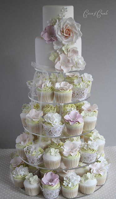 Hochzeitstorte Mit Cup Cakes Wedding Style Guide Image Inspiration