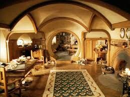 I wanna live in a hobbit hole. It looks so comfy.