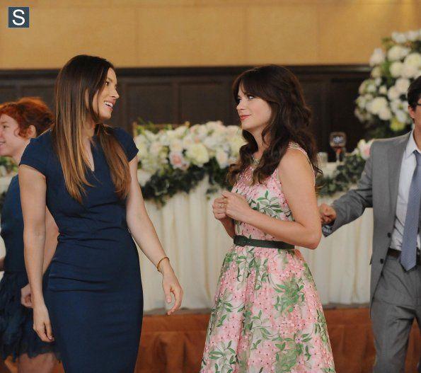 """#NewGirl 4x01 """"The Last Wedding"""" - Jessica Biel as (Kat) and Jess"""