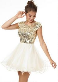Cap Sleeve Sequin And Tulle Dress A Possible For New Year S Eve Even If It Is From Delia