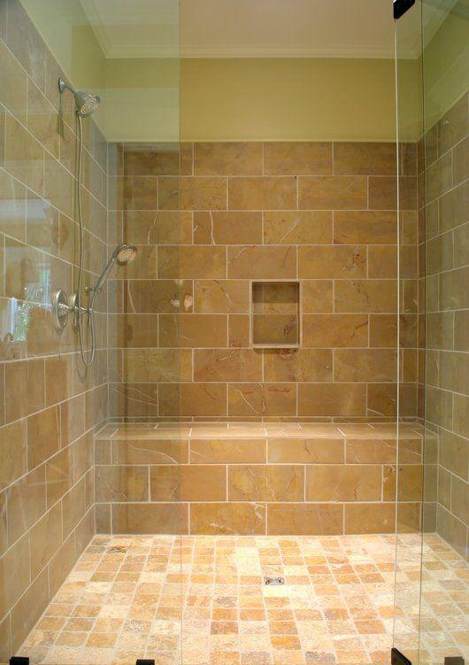 bodengleiche dusche mit hellbraunen fliesen und duschwand haus dusche fliesen bodengleiche. Black Bedroom Furniture Sets. Home Design Ideas