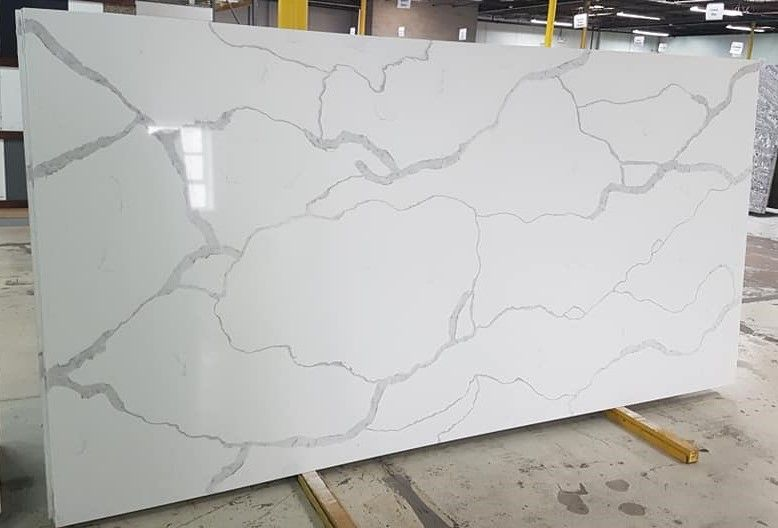 Quartz Pros Extremely Hard And Durable Requires Zero Maintenance Resilient To Stains Like Juice Coffee Oil Wine Quartz Countertops Countertops Recycled Glass