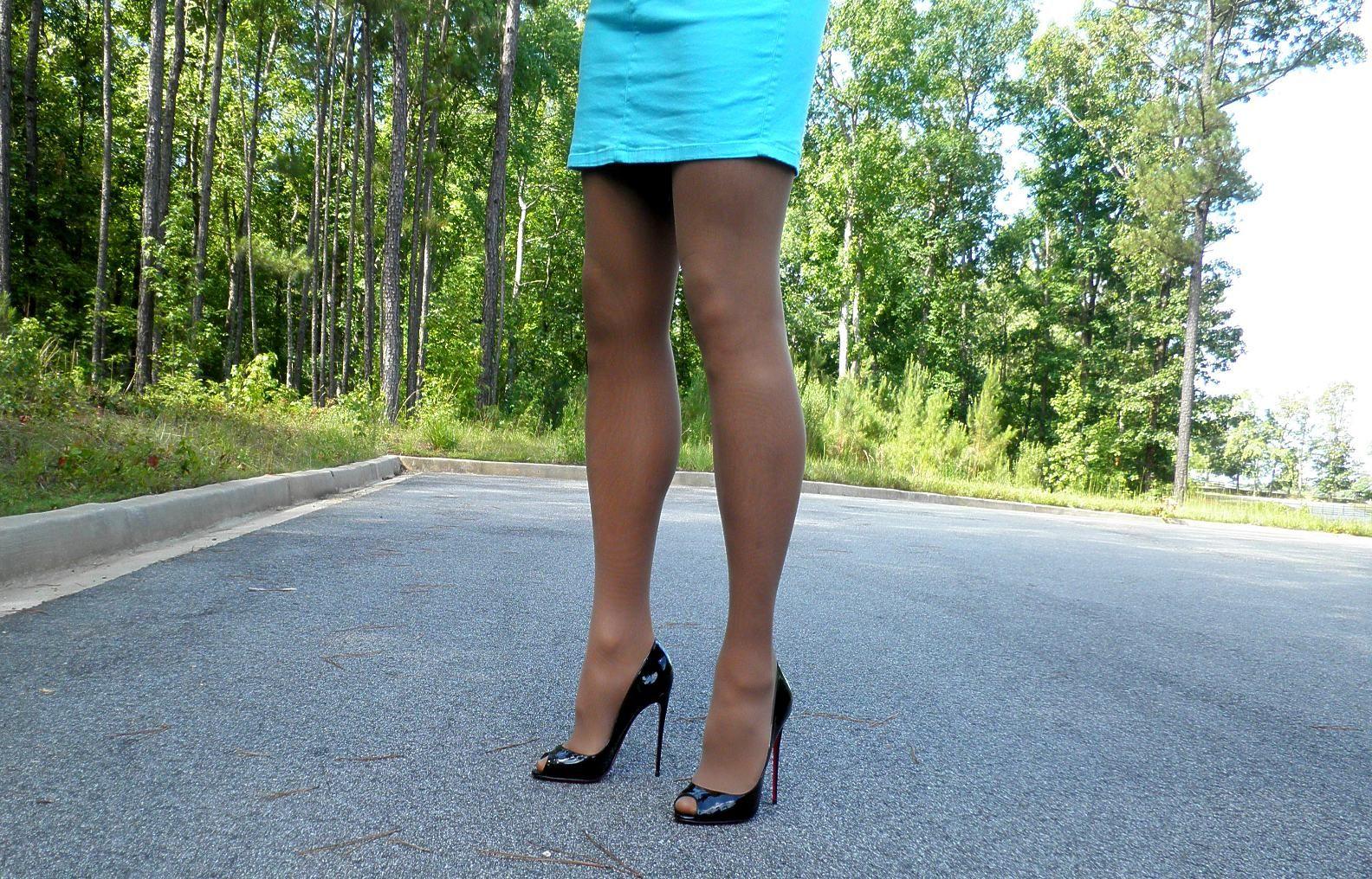 pantyhose addict of Women