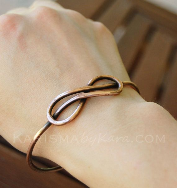 wire wrapped artisan copper jewelry handcrafted copper chain bracelet minimalist copper infinity bracelet Dainty copper bracelet