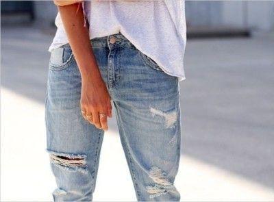 Boyfriend Jeans  Loose White Tee
