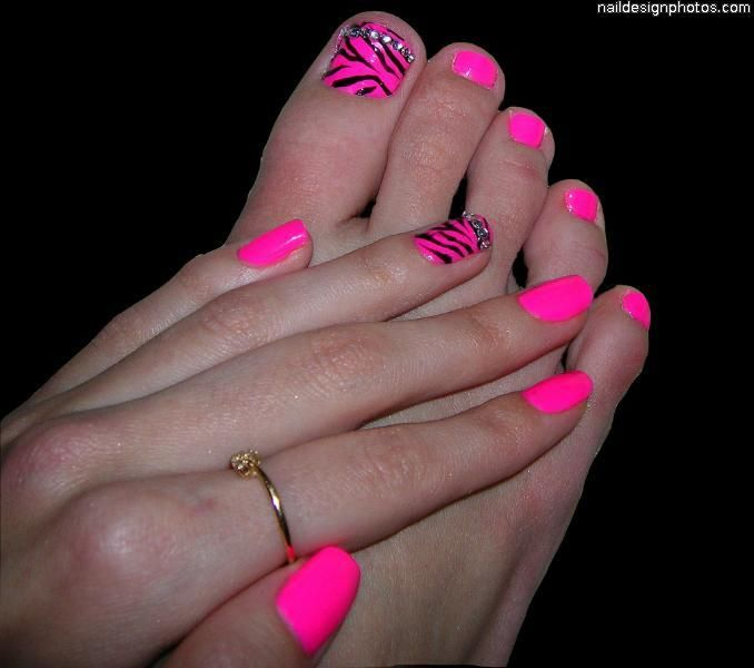 Nail Polish On Pinky Finger Meaning: Mani Pedi, Cute Toes And Pink Toes