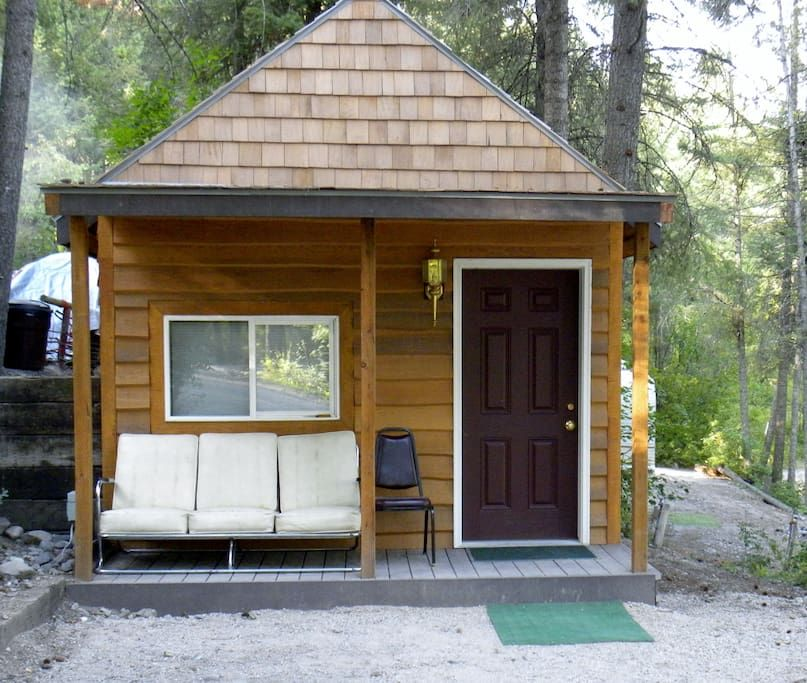 Cabin In Bigfork Mt United States The Cabin Is Located At Outback Montana Campground And Is Close To Great Views Nigh Flathead Lake Summer Road Trip Bigfork