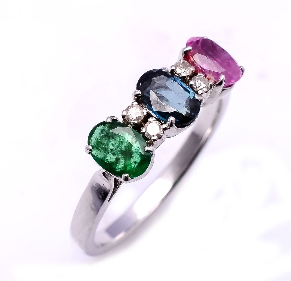 emerald sapphire diamond guide gemstone education gold ruby gemstoneshop rings gemdisplay htm rose