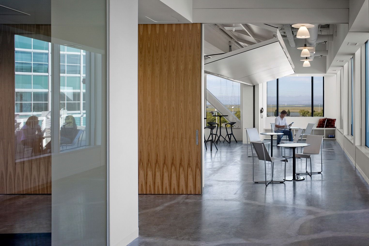 Office Tour Gunderson Dettmer Redwood City Offices City Office Office Designs And Interior
