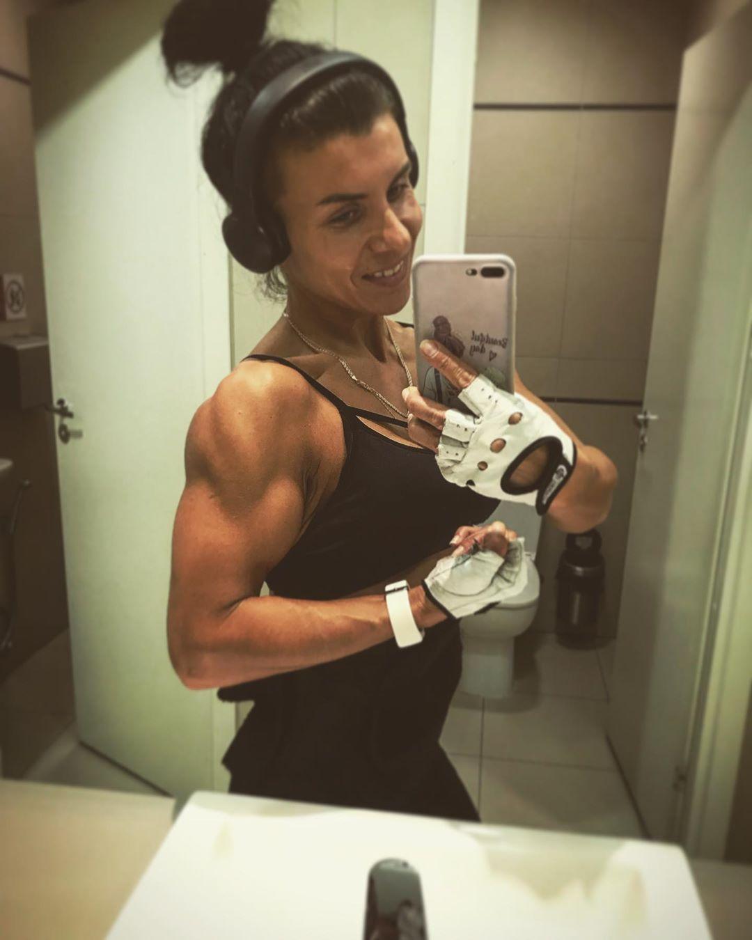 Smile 😁#fitnessmotivation #fitnesssport #fitnessgirl #fitnessmom #fitness #тренировка #sportgirl #sp...