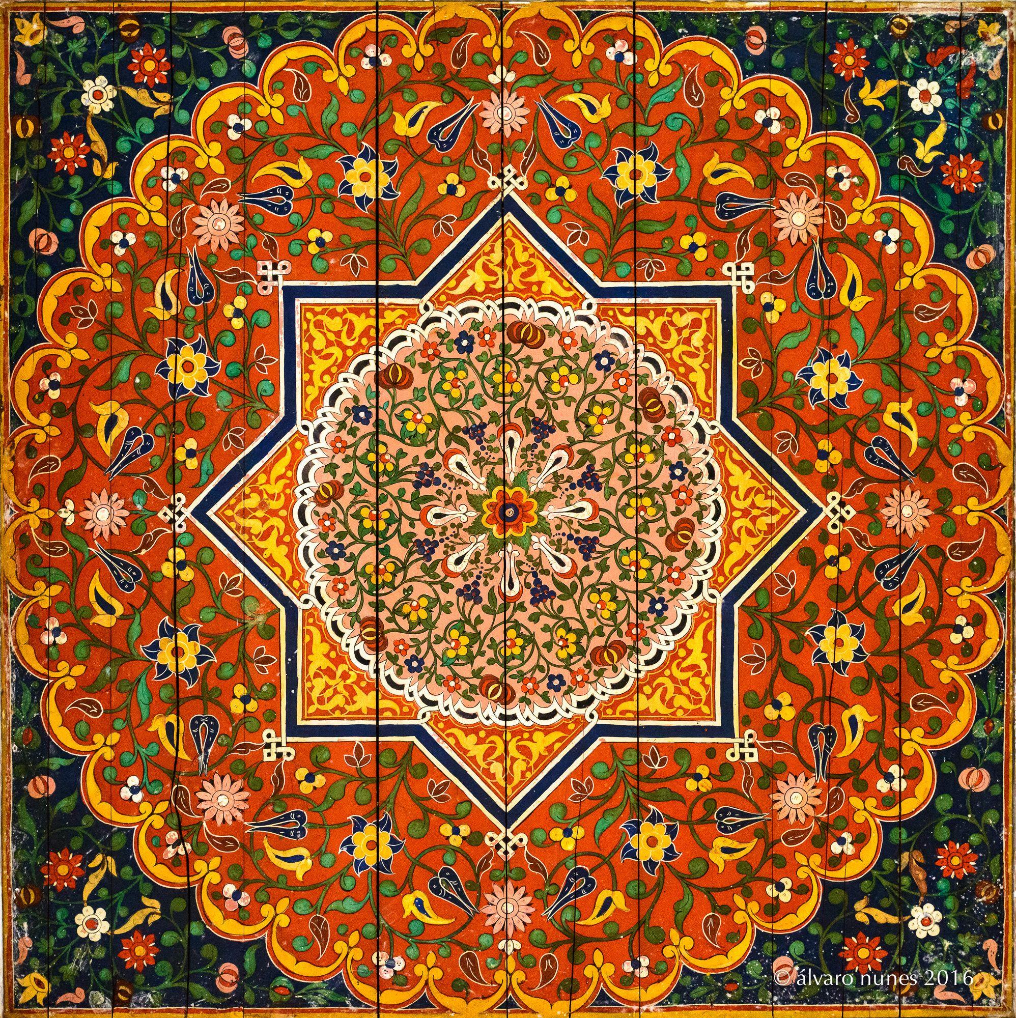 Painting in the ceiling | Menara gardens - Marraquesh Morocco ...
