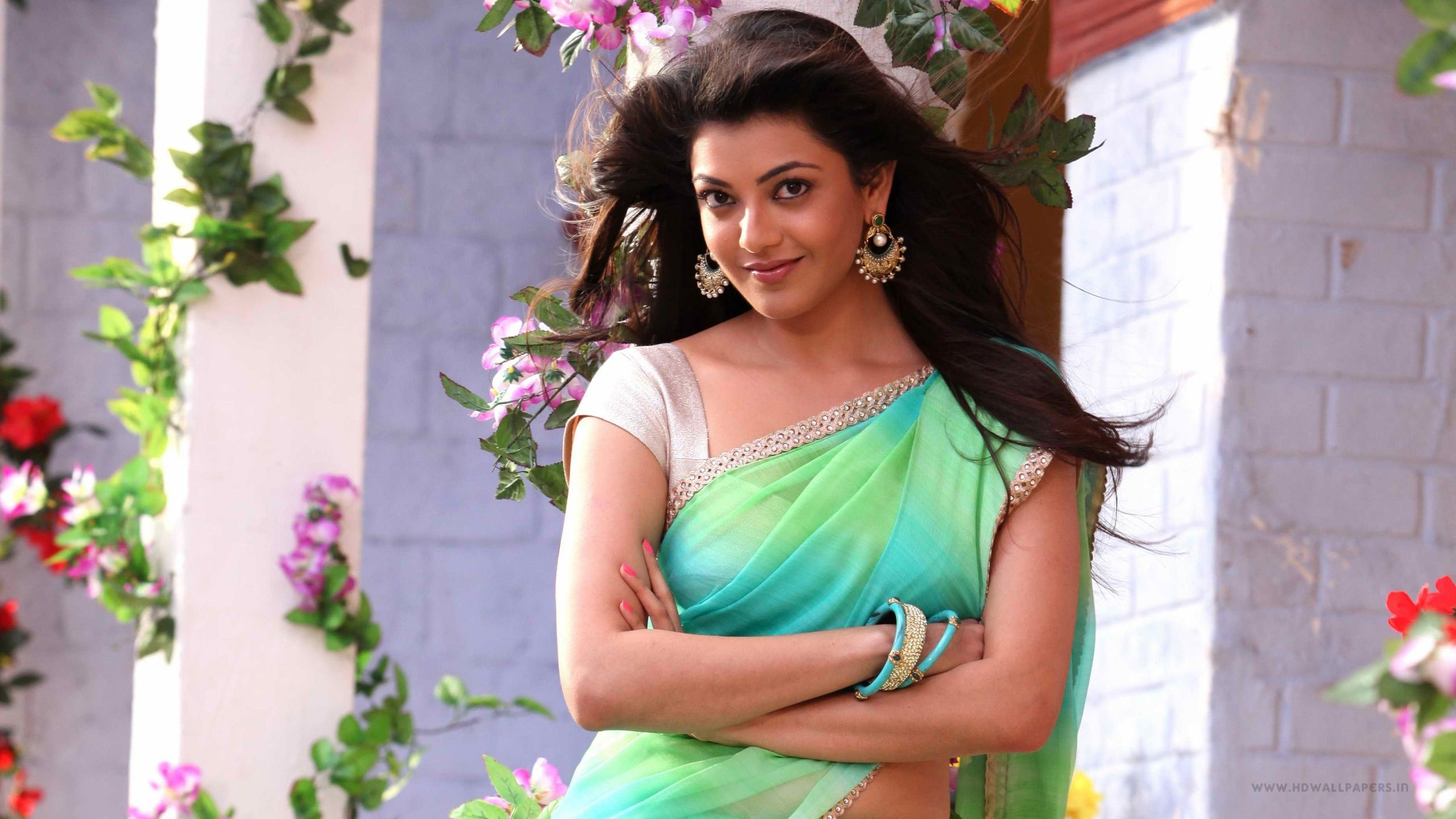Wallpaper download kajal agarwal - Royal Fun Break Kajal Agarwal Hd Wallpapers Free Download 1600 1063 Kajal Images Download