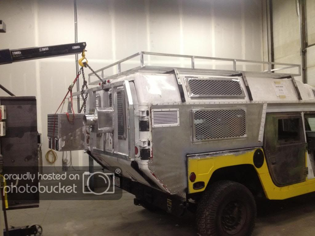 Hummer H1 Turned Into Hmmwv H1 Pirate4x4 Com 4x4 And Off Road Forum Hummer H1 Hummer Jeep Truck