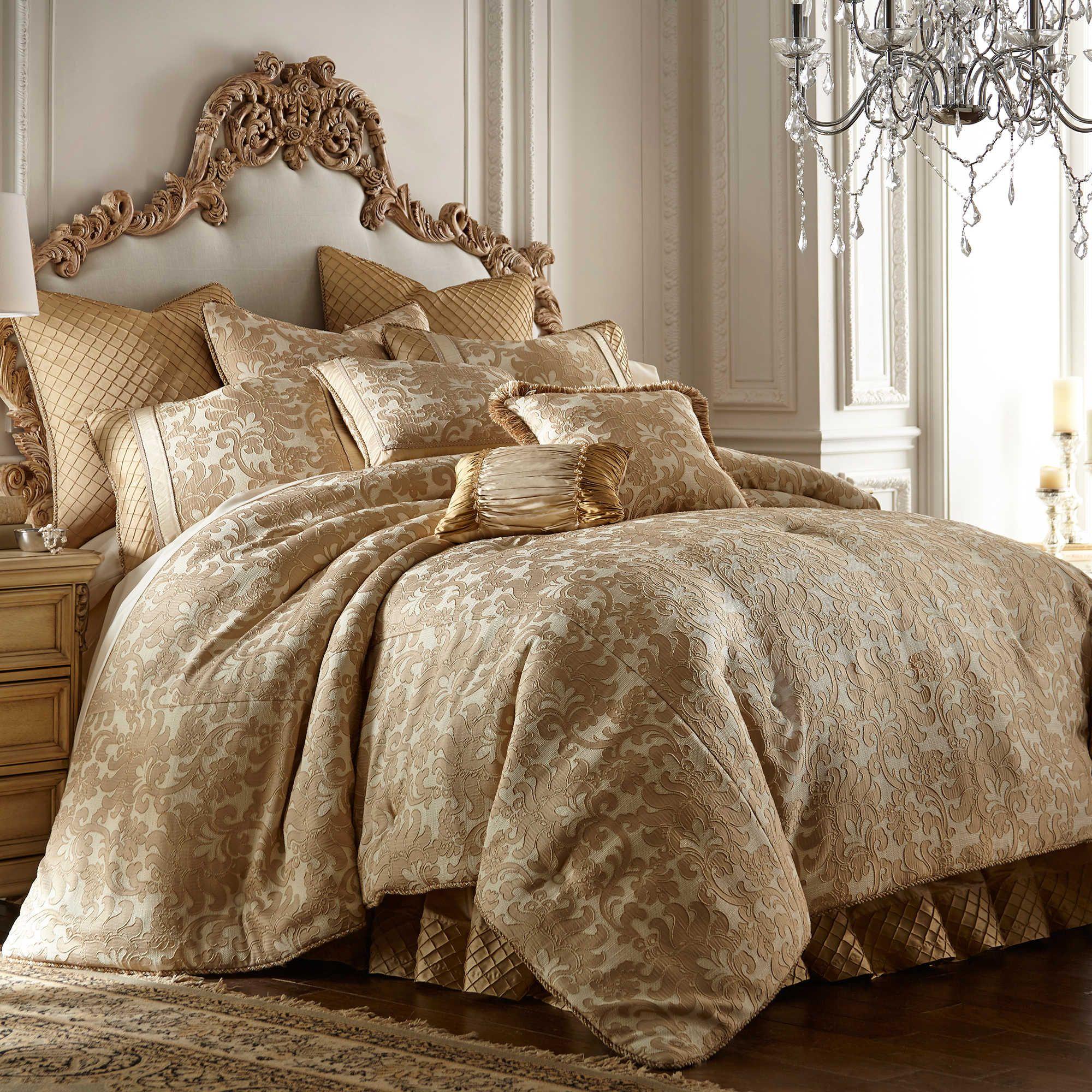 Austin Horn Classics Casablanca Queen Comforter Set In Gold Cream