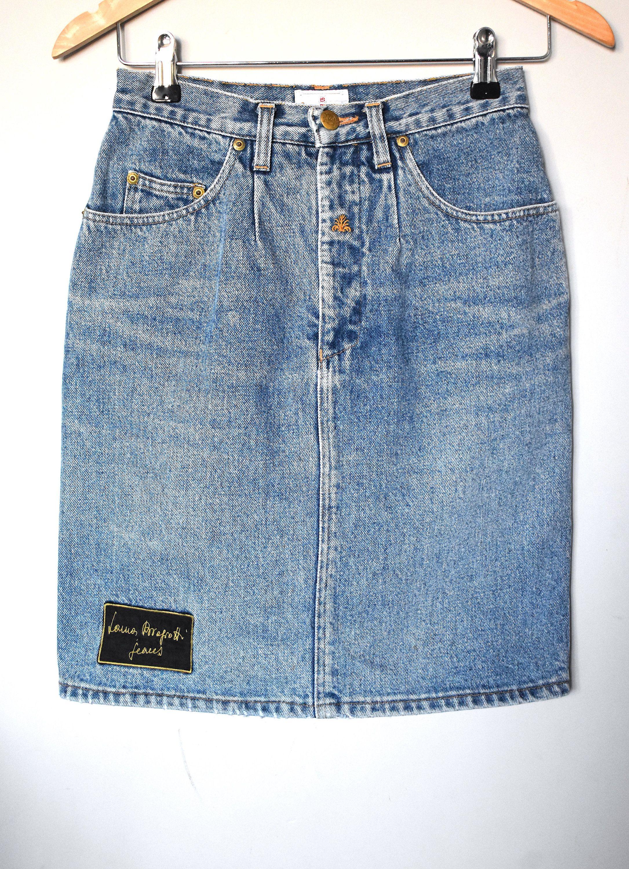 Vintage 90/'s high-waisted stone-washed denim skirt Laura Biagiotti pencil skirt Knee-length blue denim skirt Hipster boho skirt Size 27