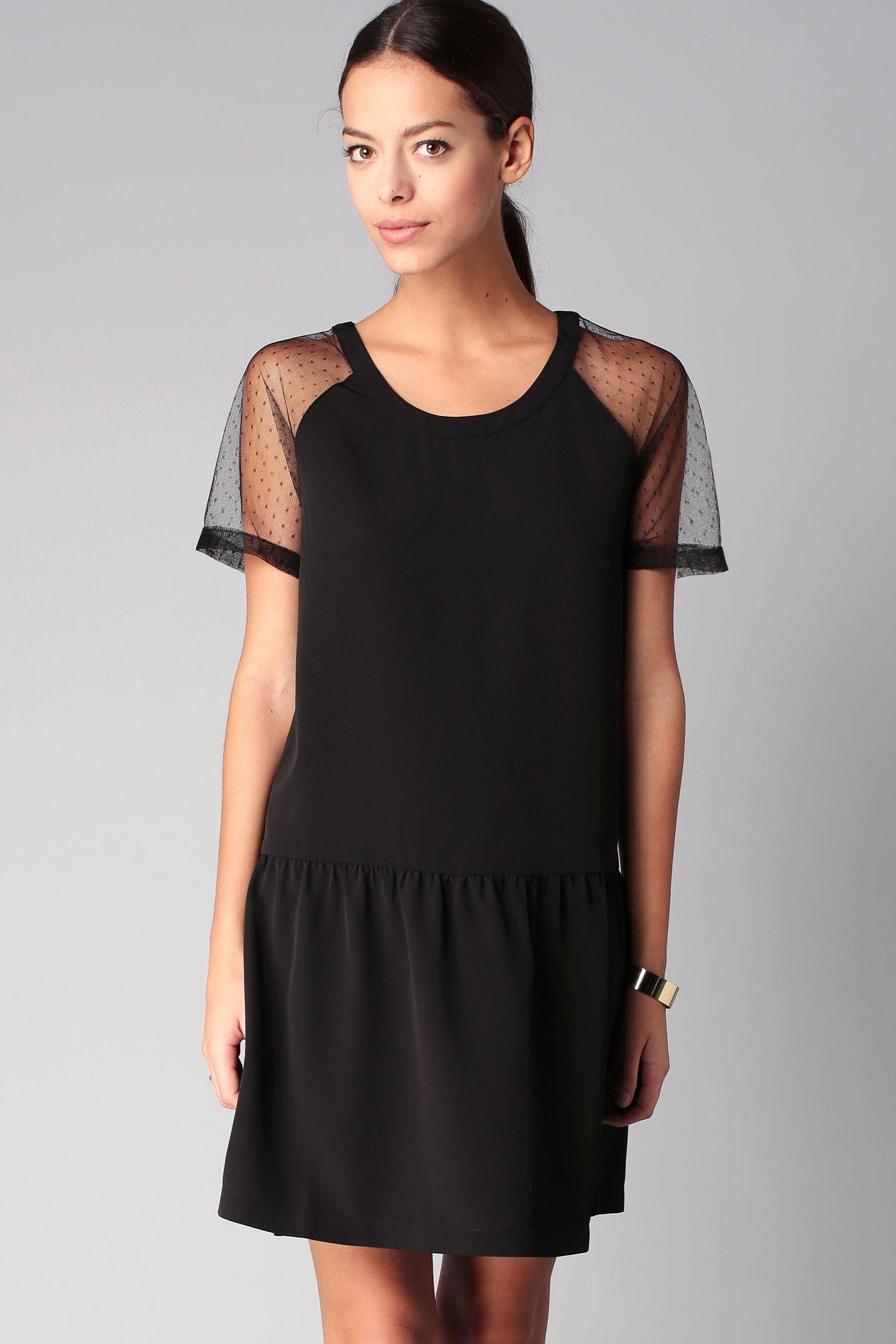 Robe noire plumetis