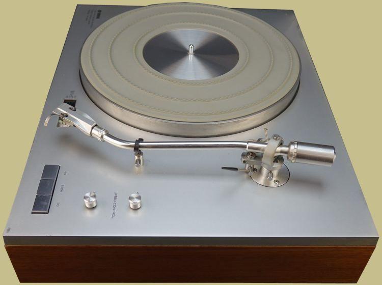 yamaha yp 800 tonearm turntables music music instruments turntable. Black Bedroom Furniture Sets. Home Design Ideas