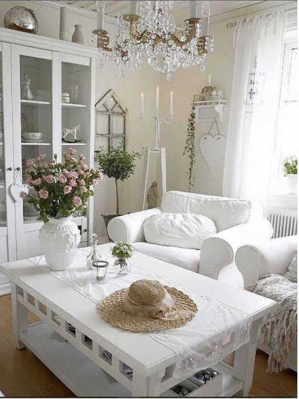 20+ Fabulous Shabby Chic Farmhouse Living Room Decor Ideas