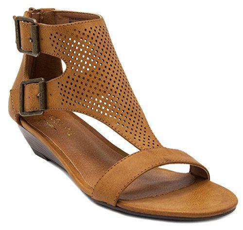 3b044a9ec9e7d These London Fog Sandals are so cute. Affiliate