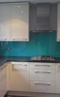 Teal Splashback Kitchen Google Search White Gloss Kitchen Glass Splashbacks Kitchen Kitchen Splashback