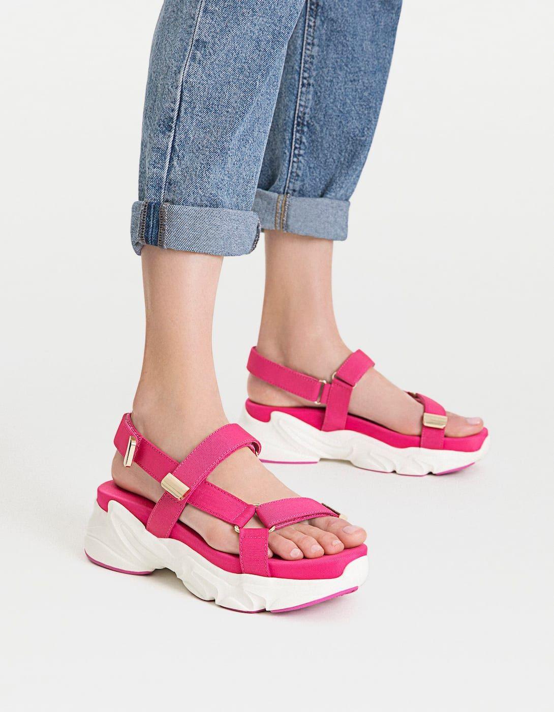 jugar joyería Infidelidad  Sandalias deportivas plataforma fucsia - Todos   Stradivarius Panamá    Zapatos mujer de moda, Sandalias bonitas, Zapatos mujer