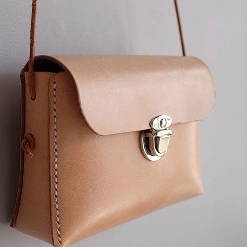 Overview: Design: Genuine Leather vintage handmade shoulder bag crossbody bag handbag In Stock: 2-6 days to process orders Include: Only Shoulder Bag Custom: None Color: Cream Material: Cowhide Measures: 11cm x 17cm...