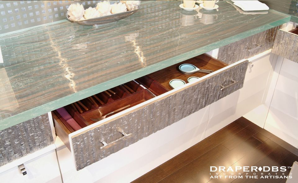 Think Glass Countertop: Texture: Vaga, Color: Crystal, Edge: Polished,