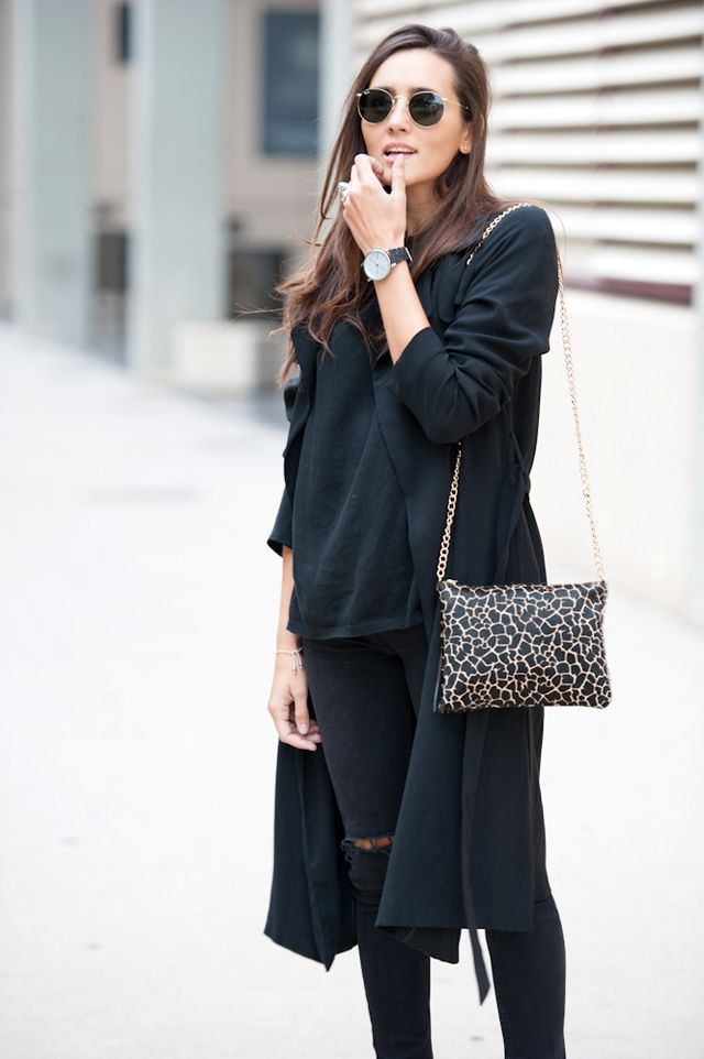 the black basics. casual outfit inspiration for spring or fall
