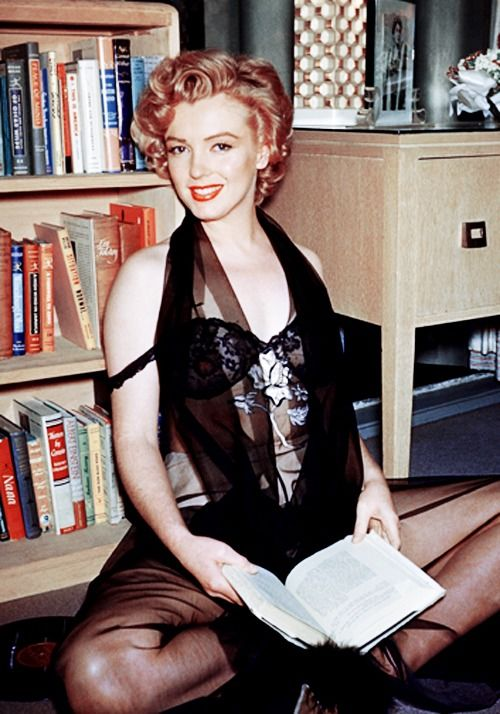 Marilyn Photographed By Harold Lloyd During A Photo Session With