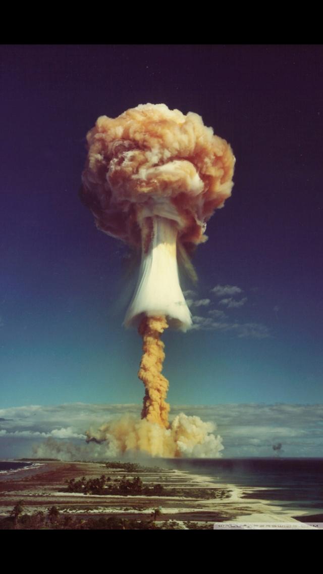 Destruction Iphone Wallpaper Atomic Bomb Iphone 5s Phone Cases