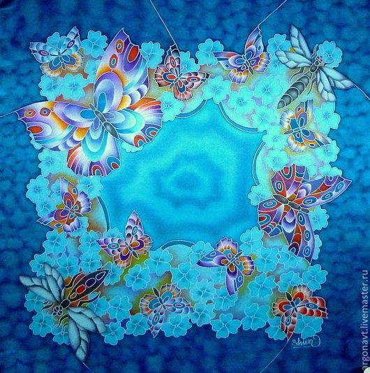 голубой шейный платок