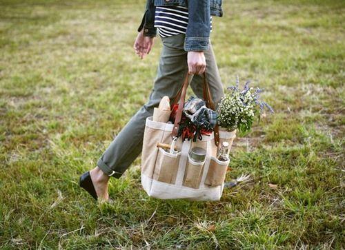 Apolis Garden Tote Bags :: Free Sewing Pattern | Sewing patterns ...