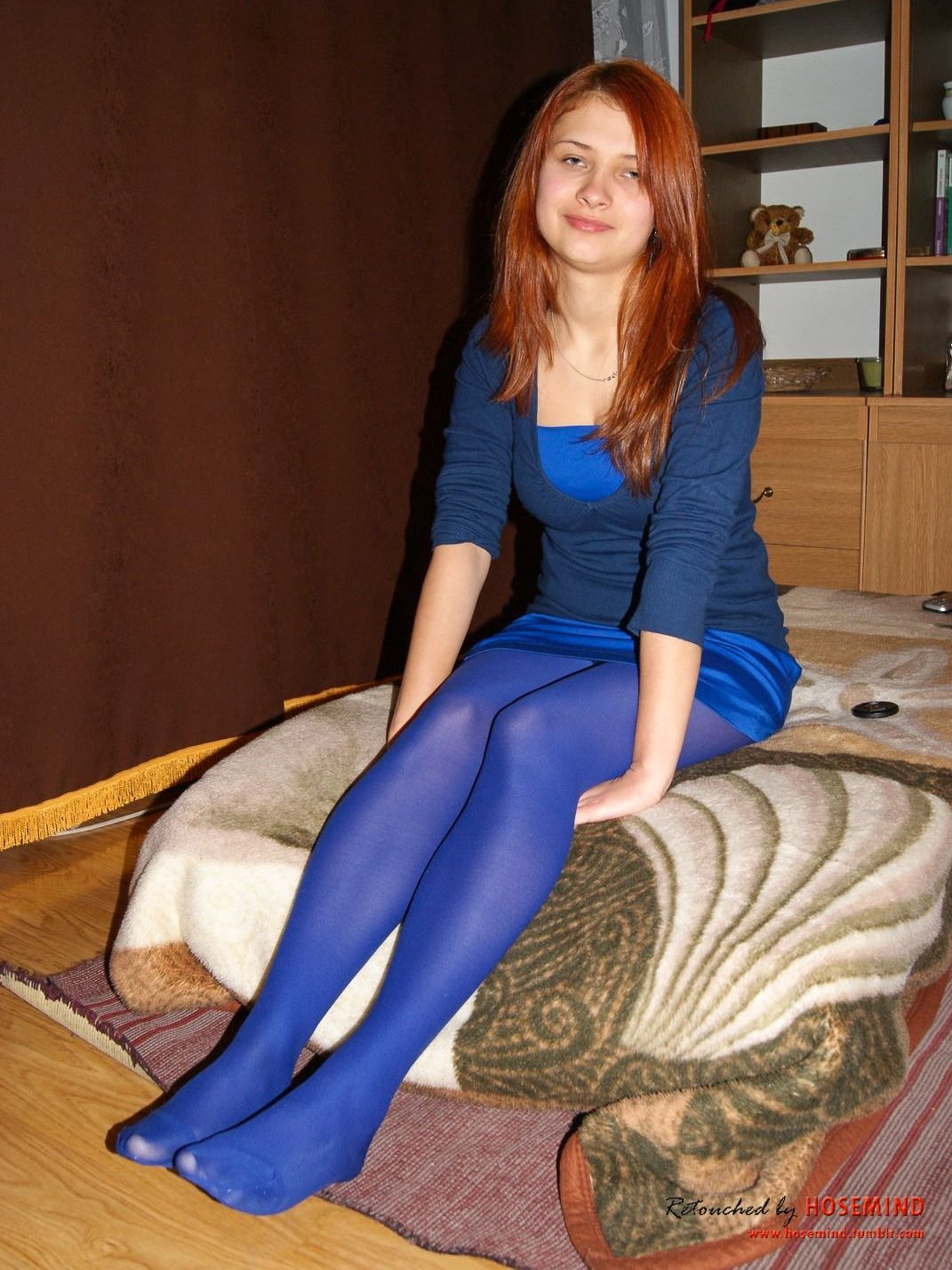 Blue Pantyhose Celeb In Hose Colored Tights Opaque